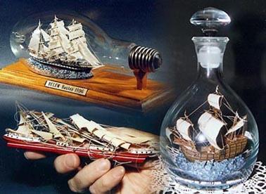 Maquettes artisanales en bois, bateaux, autos, moto, avions, helicoptere